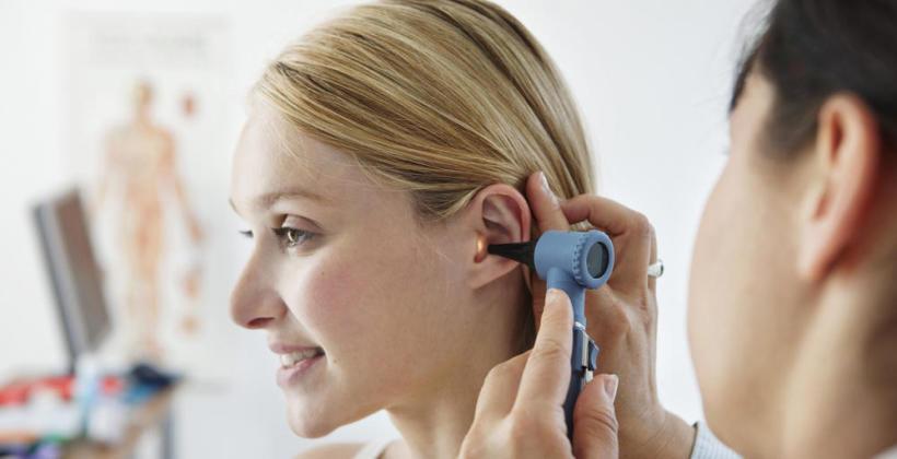 Jakie schorzenia leczy otolaryngolog?