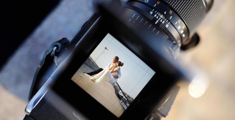 Co należy wiedzieć o współpracy z fotografem ślubnym?