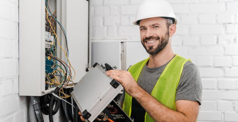 Kto wykona dla nas instalację elektryczną?