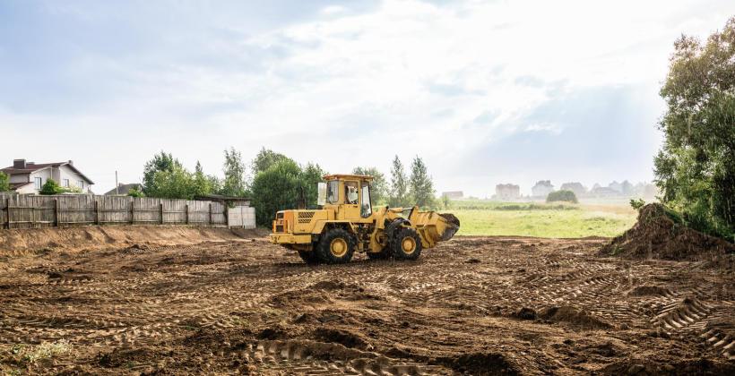 Jak zorganizować prace ziemne pod fundament?