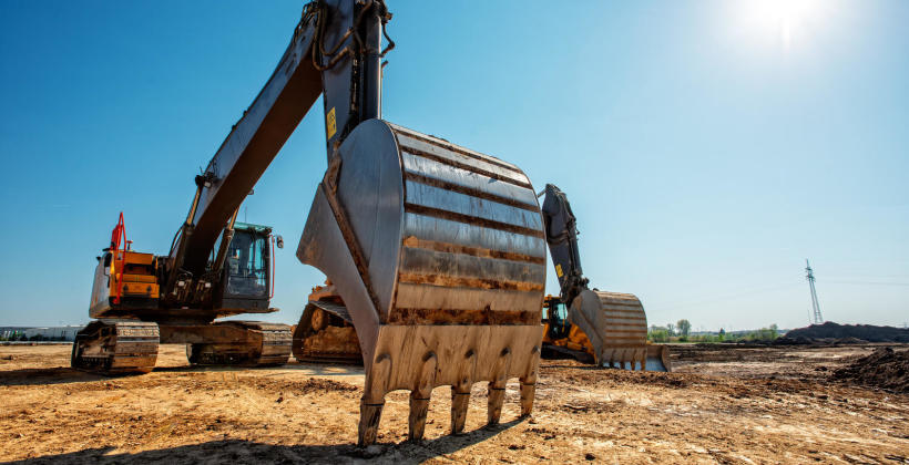Rodzaje materiałów eksploatacyjnych maszyn budowlanych