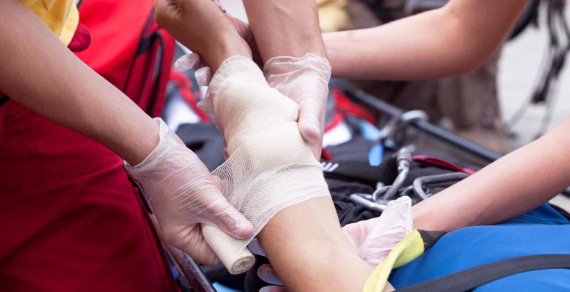 Komu przysługuje darmowy transport medyczny?