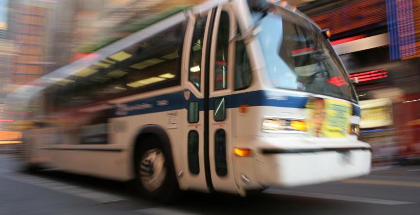 Części autobusowe - zamienniki czy regeneracja?