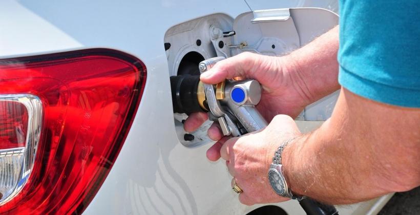 Zalety stosowania samochodowych instalacji gazowych
