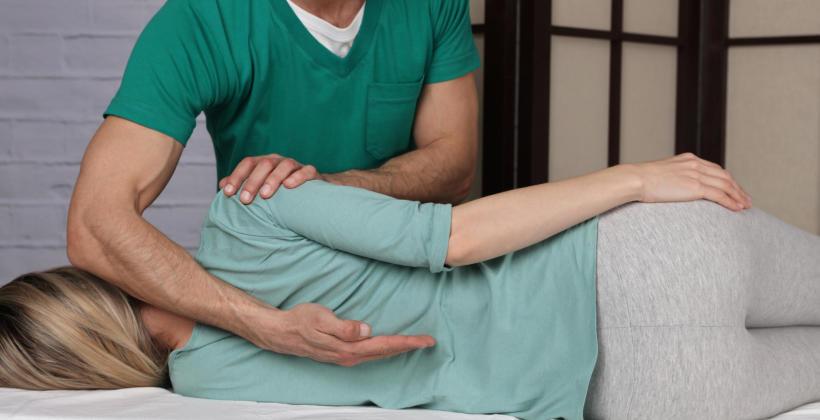 Kinezyterapia – stosowane zabiegi i udział w leczeniu