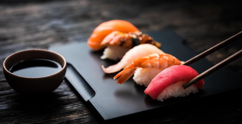 Zalety jedzenia sushi