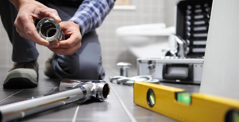 Jak przeprowadzić gruntowny remont łazienki?