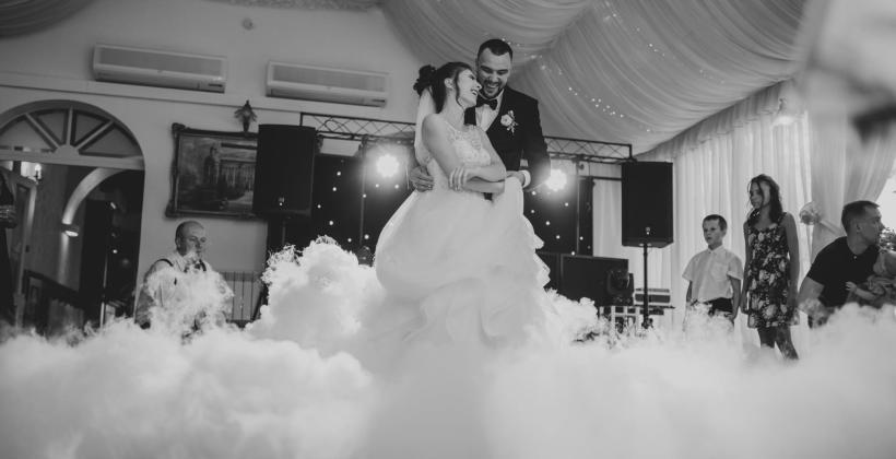 Idealna oprawa wesela – jak o nią zadbać?