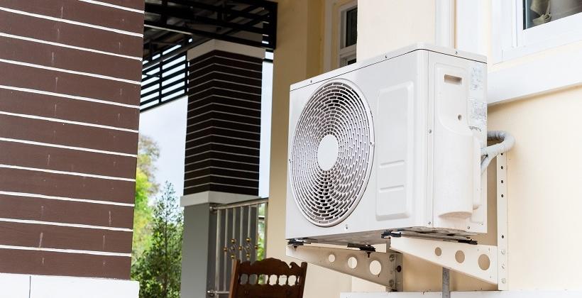 Powietrzna pompa ciepła w modernizowanym budynku. Przykładowe rozwiązania.