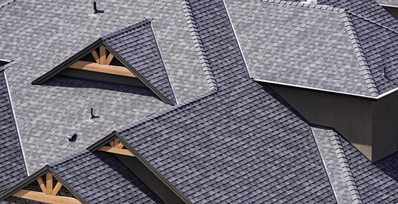 Jakie są rodzaje pokryć dachowych?
