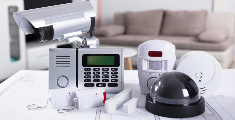 Dlaczego warto zainstalować alarm w domu?