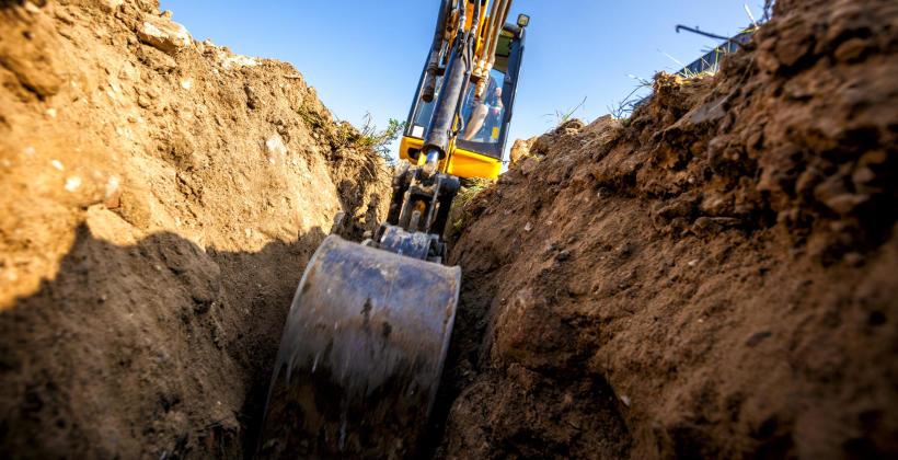 Przygotowanie terenu pod budowę obiektu użytkowego – roboty ziemne