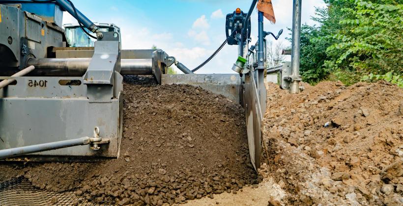 Kopanie nowego basenu, czy kanalizacji- wybierz najlepszą firmę do prac ziemnych