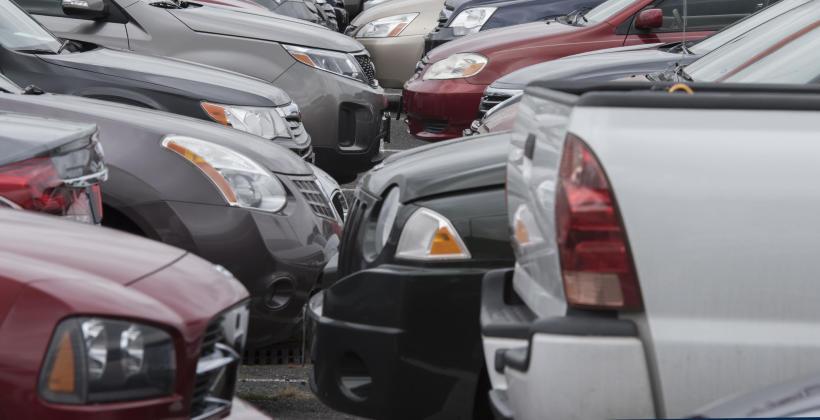 Czy sprowadzanie samochodów z zagranicy się opłaca?