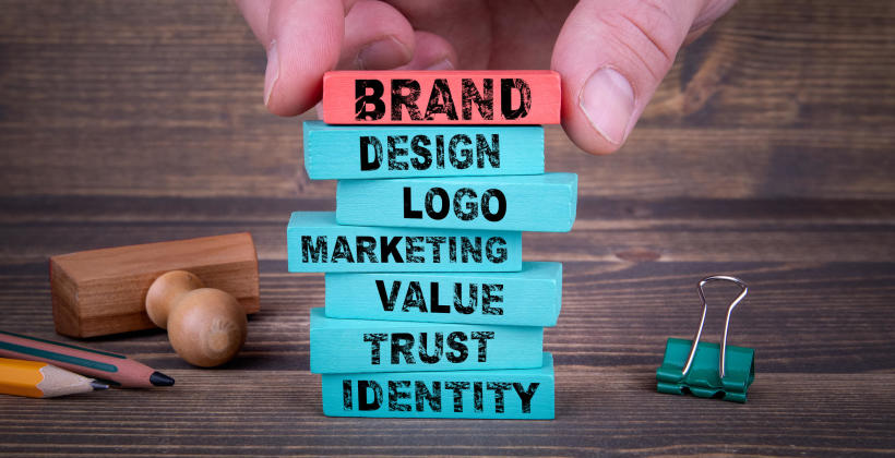 Czym jest branding i jak go wykorzystać w rozwoju firmy?