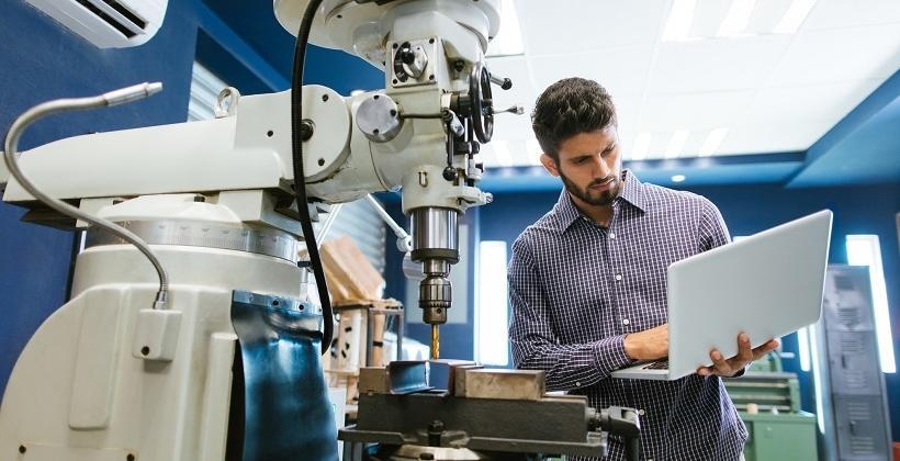Na czym polega modernizacja maszyn?