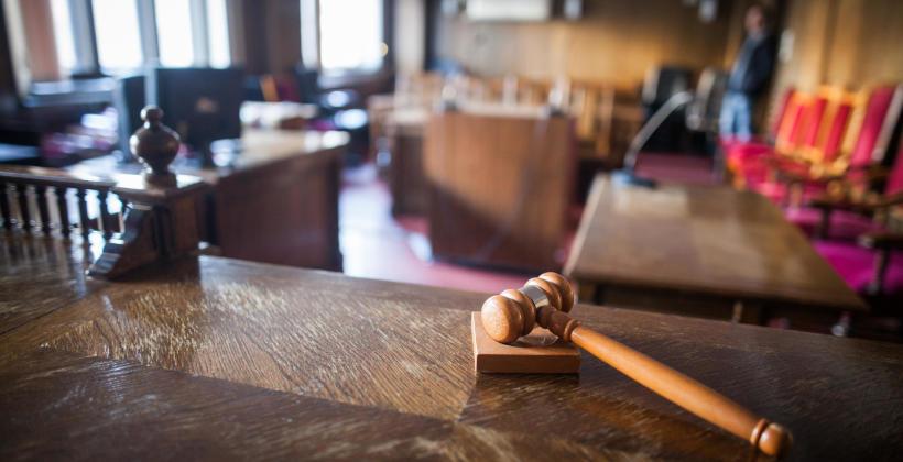 Jak wybrać kancelarię adwokacką?