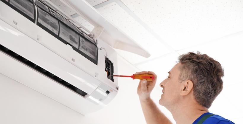 Zakładanie instalacji klimatyzacyjnych
