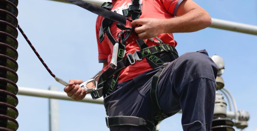 Podnośniki koszowe w pracach wysokościowych