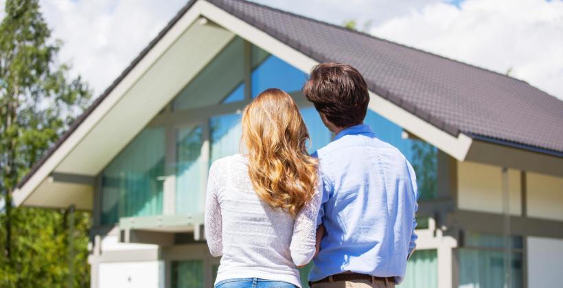 Interesuje Cię kupno domu lub mieszkania – skorzystaj z oferty profesjonalnej firmy