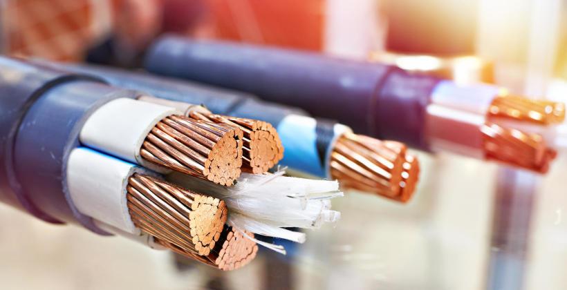 Jakie czynniki decydują o jakości kabli przemysłowych?