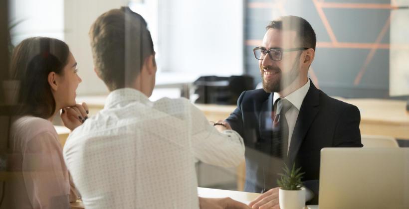 Co warto wiedzieć o pośrednikach kredytowych?