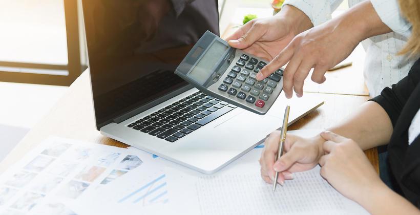 Kiedy warto przeprowadzić zmianę formy opodatkowania w firmie?