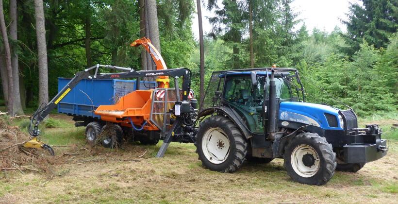 Rębak do drewna mobilny czy stacjonarny - jaki wybrać?