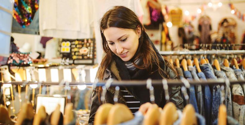 Pomysł na sklep z odzieżą używaną. Jak otworzyć ciucholand?