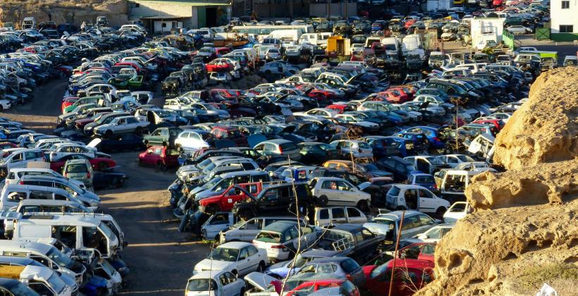 Stacje demontażu pojazdów, części do samochodów, złomowanie