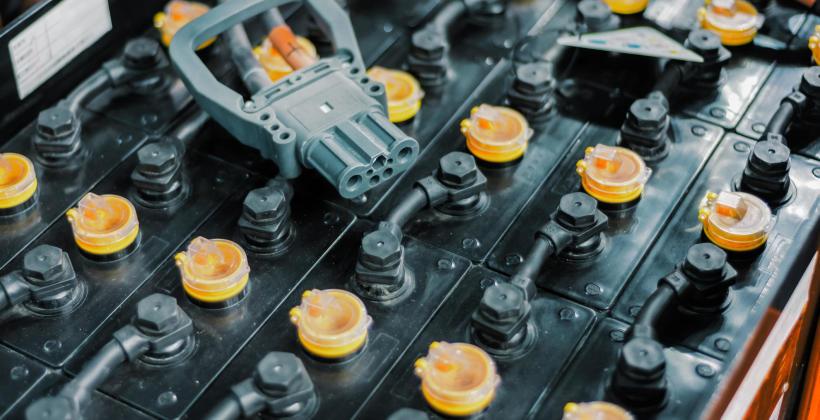 Kiedy trzeba wymienić akumulator samochodowy?