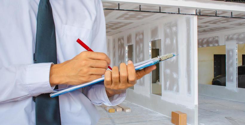 Kontrola okresowa obiektu budowlanego – co powinna obejmować?