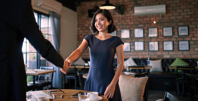 Czy kawiarnia to odpowiednie miejsce do rekrutacji?