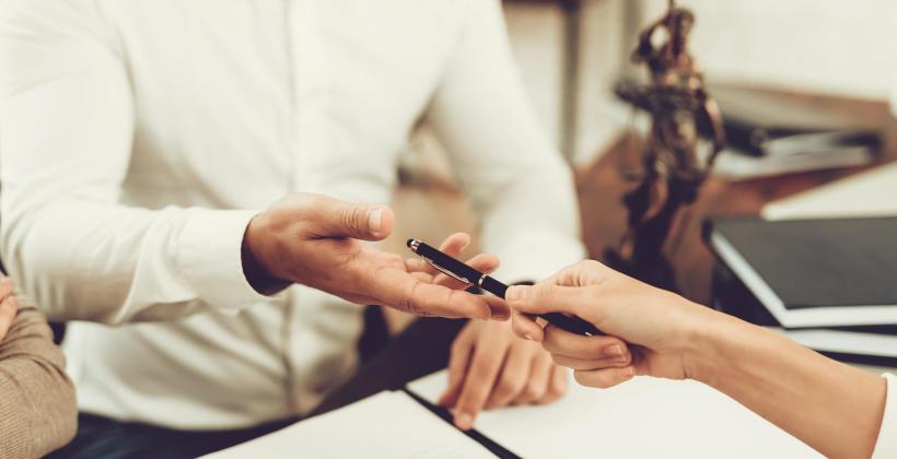 Sprawa spadkowa – w czym może pomóc notariusz?