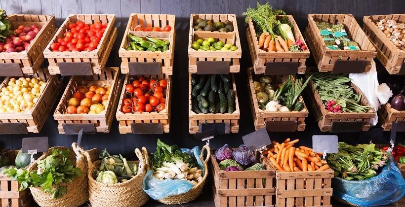 Jakie normy sanitarne powinny spełniać skrzynki na warzywa i owoce?