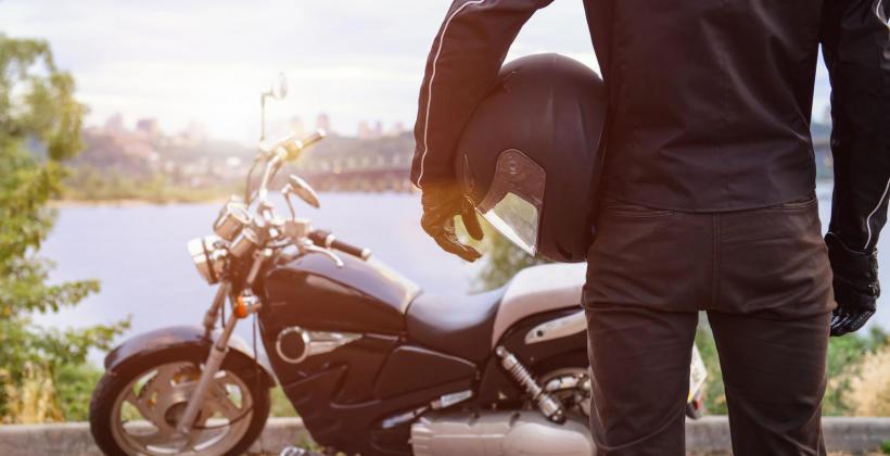 Dlaczego warto kupować w outlecie motocyklowym?