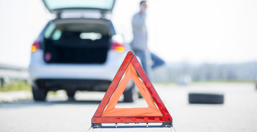 Jakie są najczęstsze błędy w postępowaniu w przypadku awarii na trasie?