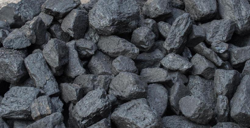 W jaki sposób dodatki stopowe poprawiają właściwości stali?