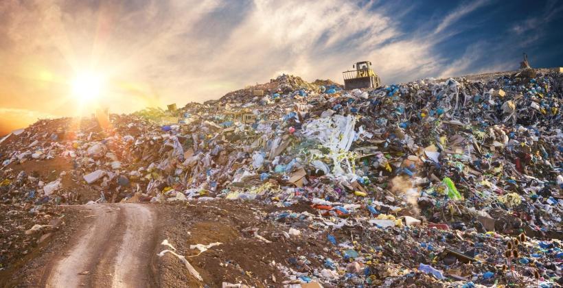 Jak odzyskać pieniądze, przekazując odpady firmowe w odpowiednie ręce