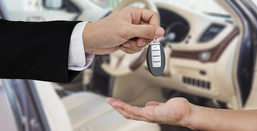 Kupno samochodu używanego u dealera. Dlaczego warto?