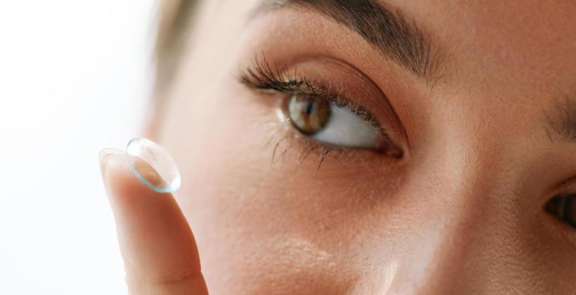 O czym powinieneś pamiętać, stosując soczewki kontaktowe?