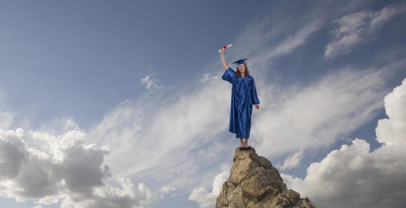 Dlaczego warto uczyć się w niepublicznym liceum?