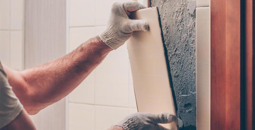Jak zdemontować stare płytki z terakoty lub glazury?