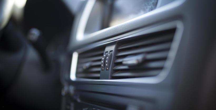 Jak często i w jakim zakresie serwisować klimatyzację samochodową?
