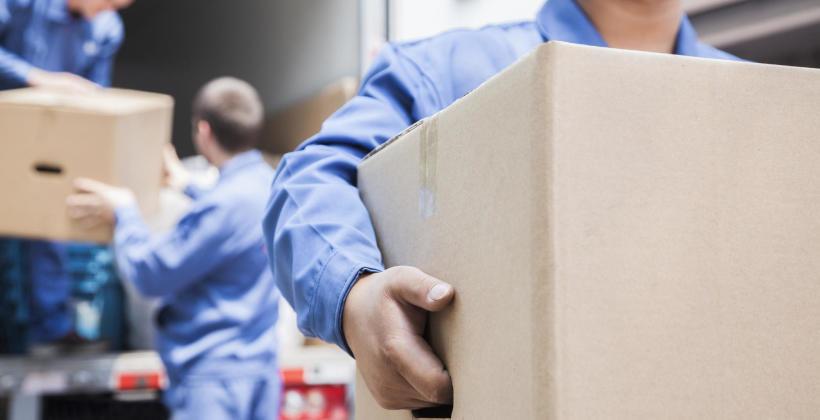 W jaki szybko i bezpiecznie przetransportować  rzeczy do nowego domu?