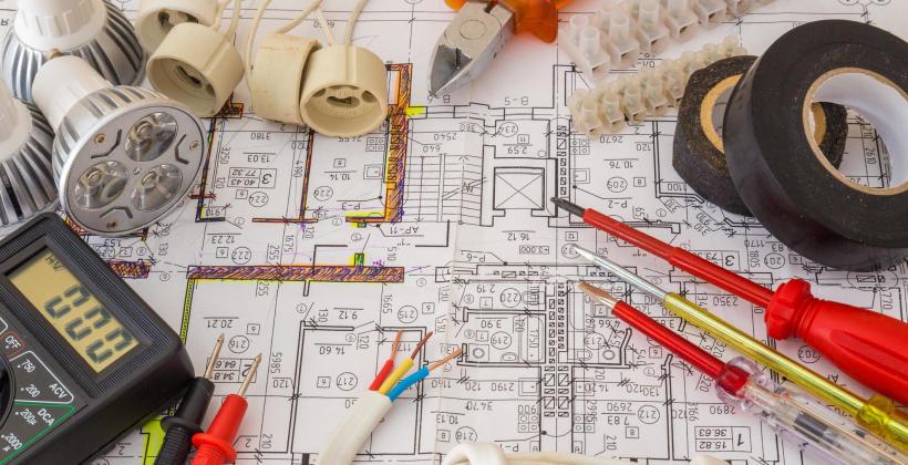 Elementy instalacji elektrycznej w domu