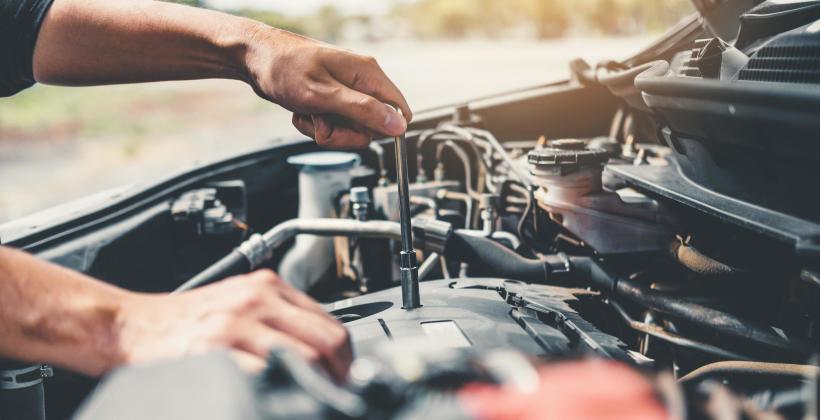 Kiedy wykonywać podstawowy serwis samochodu?