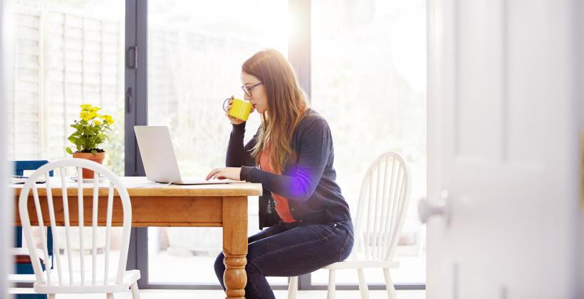 Praca zdalna – czy jest trendem, który z nami pozostanie?