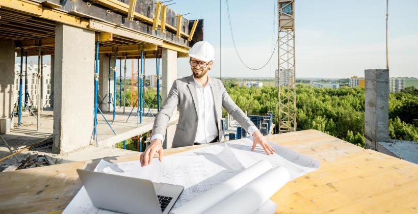 Rola i zadania generalnego wykonawcy na placu budowy