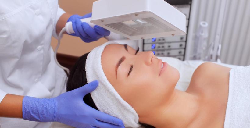Urządzenia wykorzystywane przy badaniu skóry